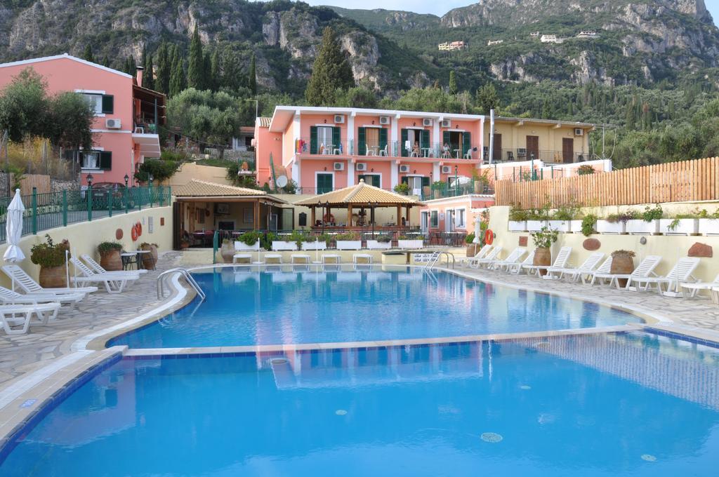 Maria Studios & Faros Pool Bar (1) Κέρκυρα | corfugreece.gr