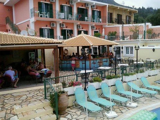Maria Studios & Faros Pool Bar (2) Κέρκυρα | corfugreece.gr